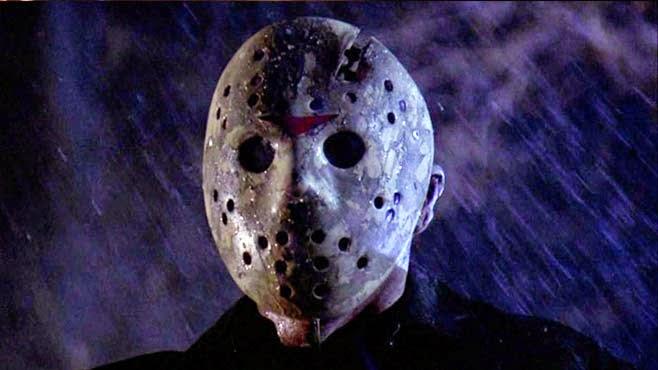 10 film horror atroci per terrorizzare la tua ragazza il for Sedia horror