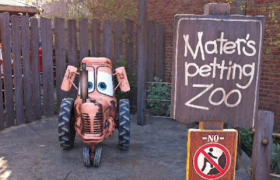 Mater's Petting Zoo Tractor Cars Land