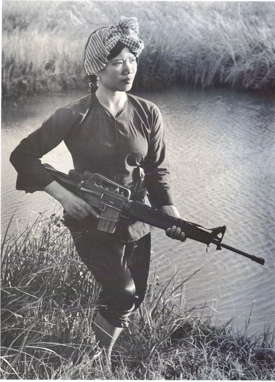 Female+Viet+Cong+Warrior+c.1973.jpg
