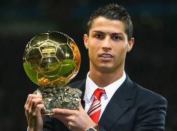 Demikianlah beberapa koleksi Foto Cristiano Ronaldo Terbaru 2014