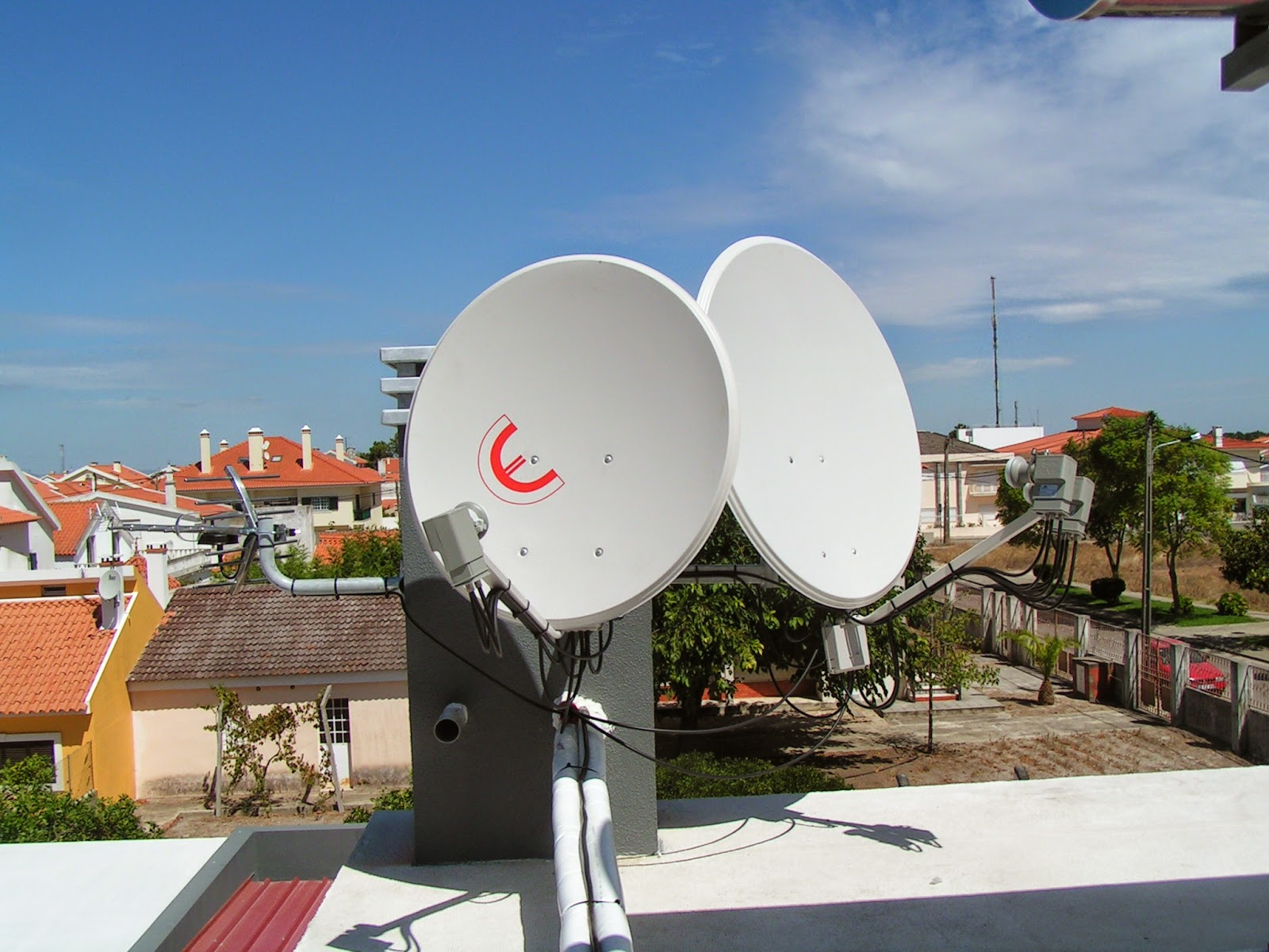 hotbird hispasat: