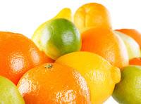 Dùng Chanh hoặc cam để trị nám da