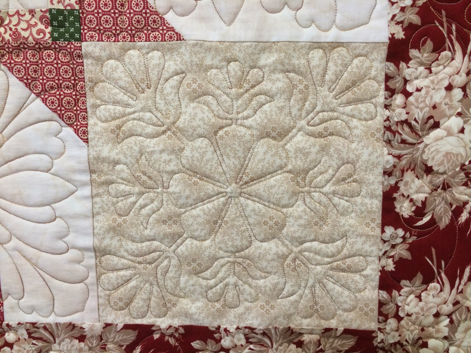 Gretchen Jones Holiday Quilt