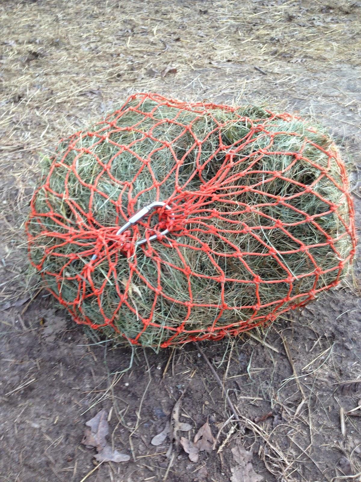 HayWeyer Slow Hay Feeders Nets Bags Feeding Horses