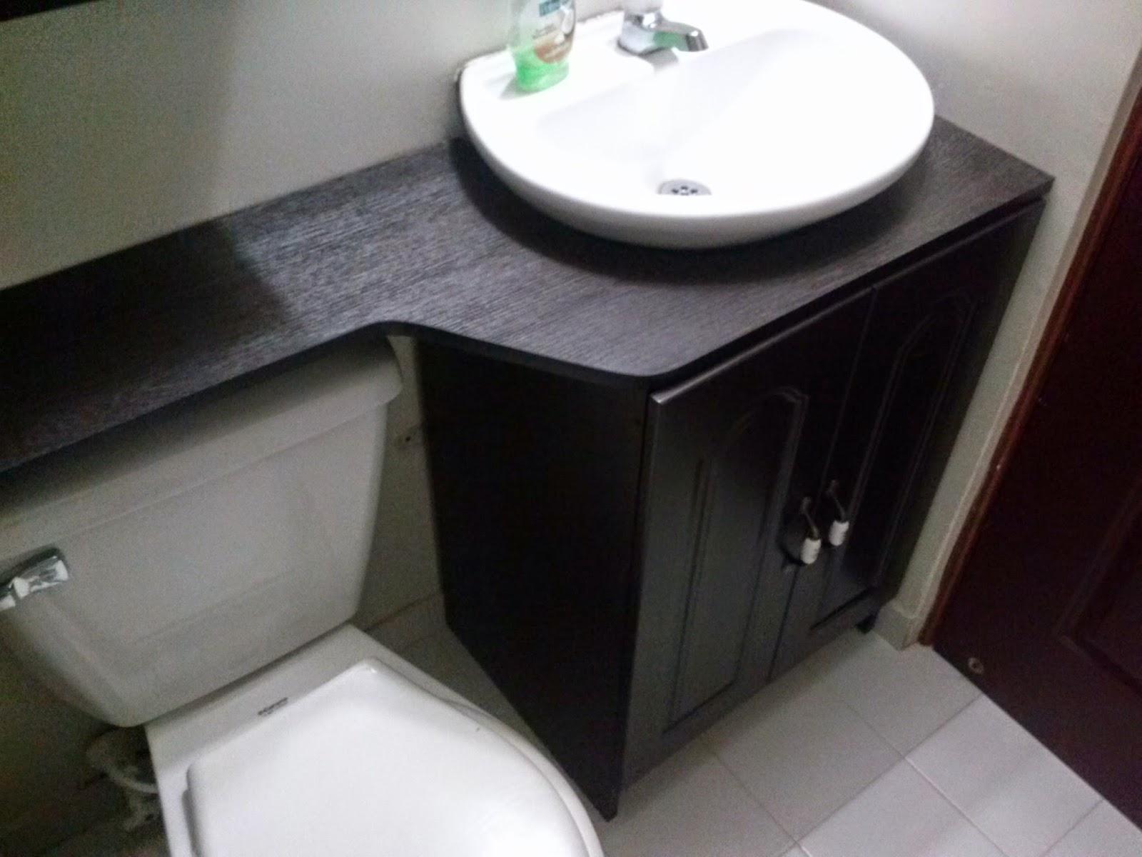 Gabinetes para ba o de madera for Disenos de muebles para banos