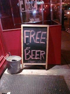 free, beer, lorenzo busato, motivação, varejo, como vender mais, subliminar, logomarca, ticket médio, marketing, vendas, treinamento