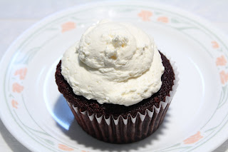 Product Shot: Cream Cheese on Red Velvet