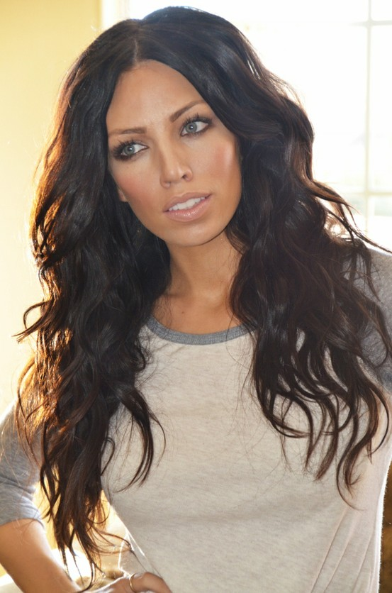 How To Get Thick Voluminous Hair Naturally
