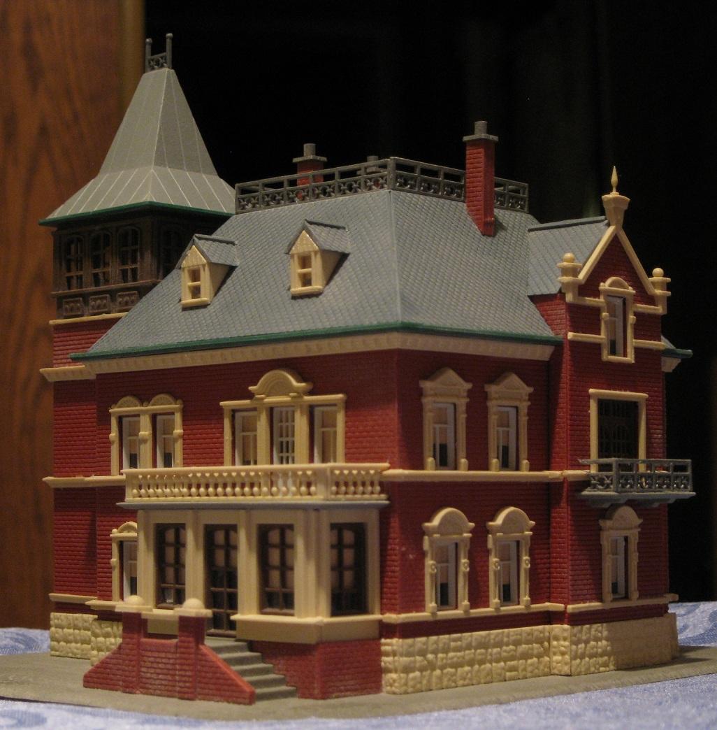 Build model victorian house