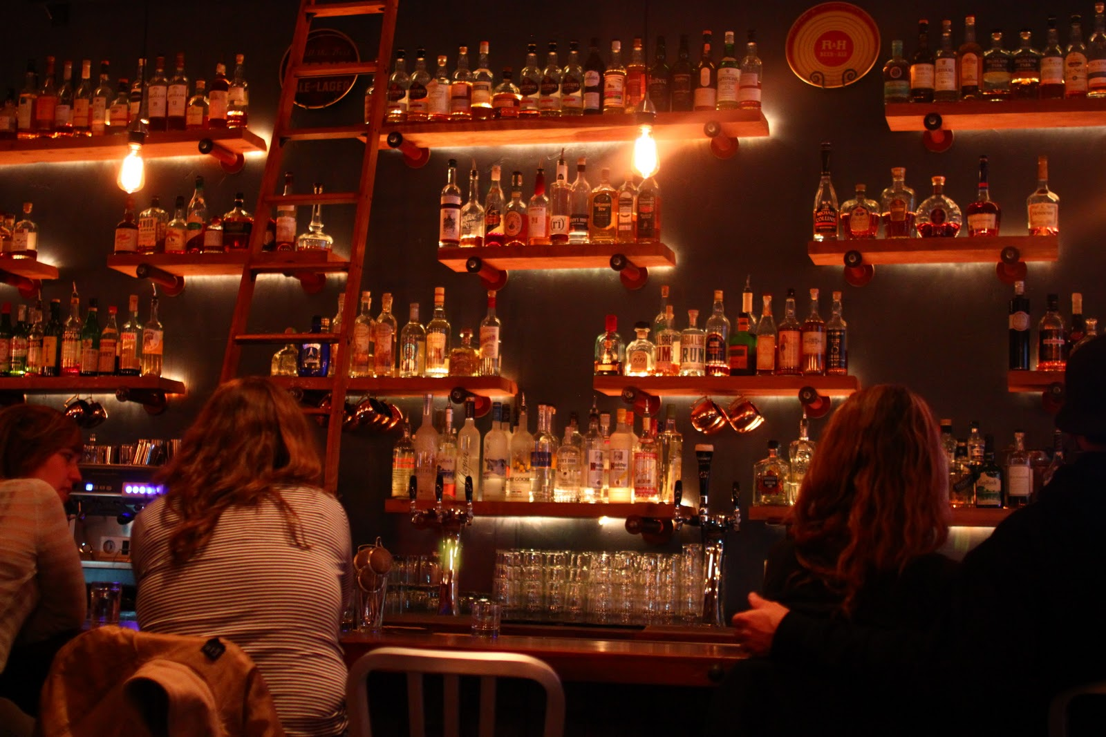 Full bar Nude Photos 88