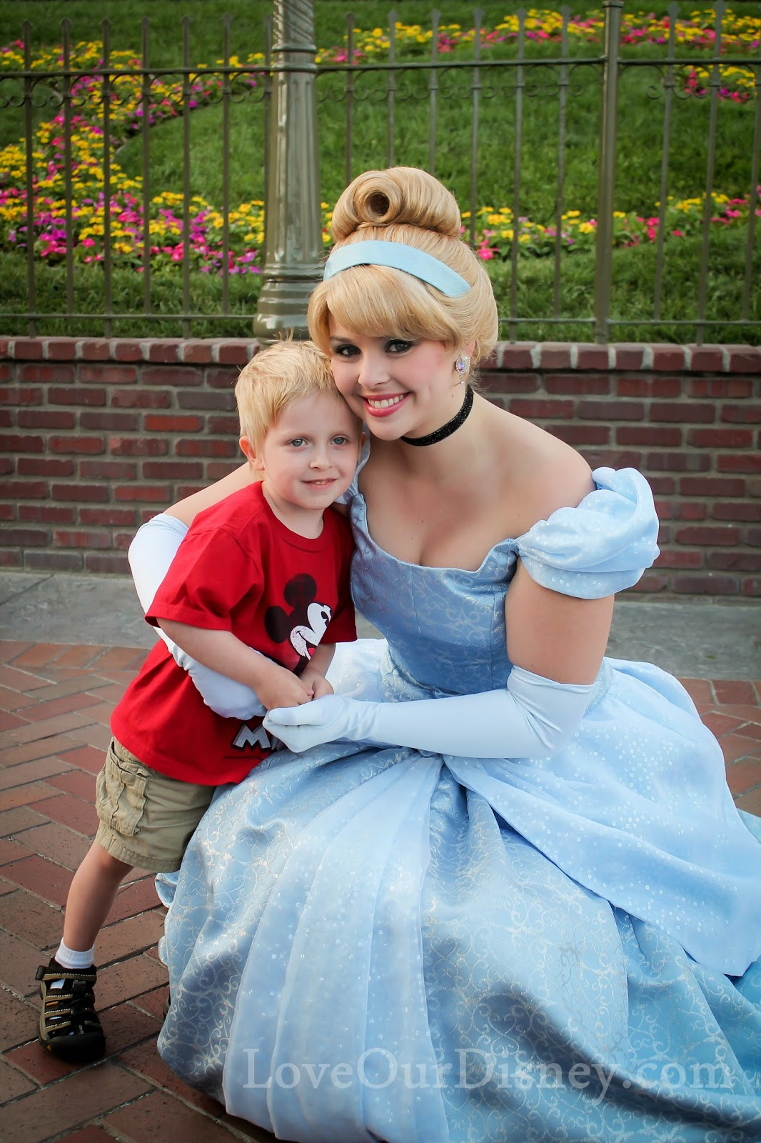 LoveOurDisney.com shares some tips on finding characters while in Disneyland park.