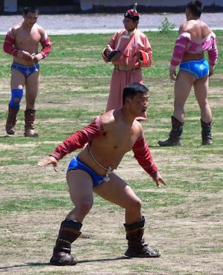 Монгольская борьба. Праздник Надом.