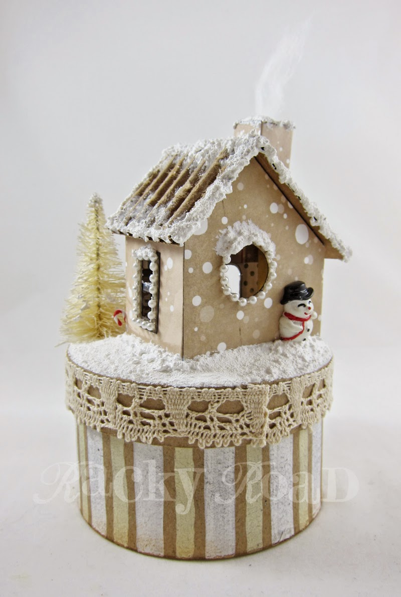 junk&stuff: Light-up Christmas House, with Tutorial