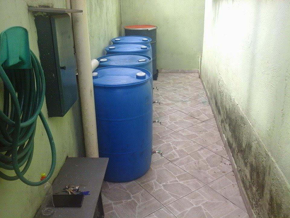 Tambor bombonas tonel barril de pl stico tambor bombonas for Tambores para agua