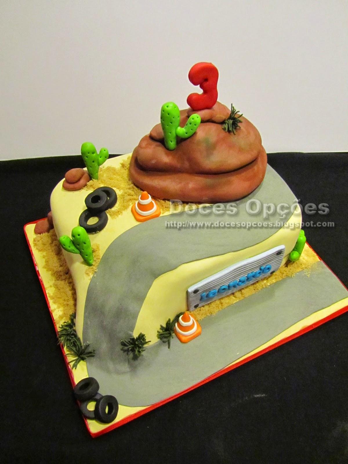bolo aniversário Radiator Spring carros