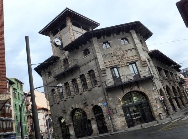 espagne bilbao vieille ville gare atxuri