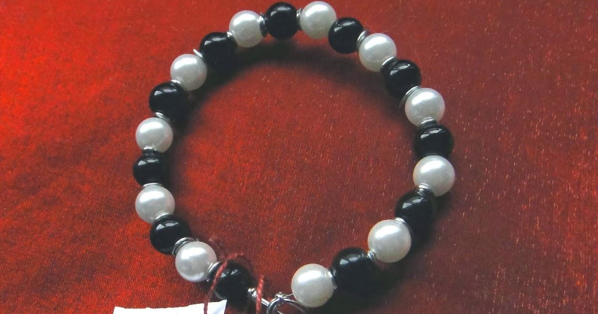 Pulsera domino de perlas