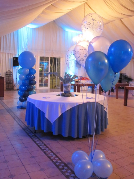 Decoracion con globos 50 anos hombre y mujer imagui for Decoracion con globos 50 anos