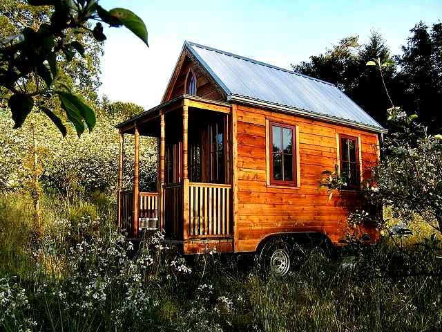 The flying tortoise jay shafer 39 s original tiny tumbleweed Tiny houses on wheels for sale