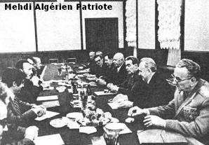 بومدين تفاوض مع الإتحاد السوفييتي بإسم العرب خلال حربي 1967 و 1973  Boumediene+et+Brejnev+en+1973
