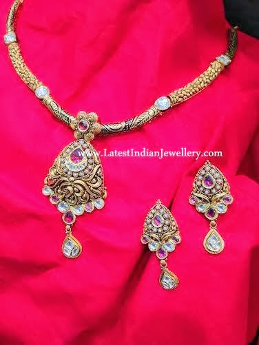 antique kundan pendant set