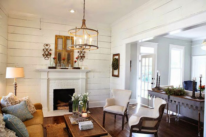 On the brightside inspiration magnolia homes for Do chip and joanna own the houses they show