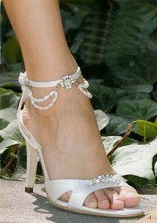 Sapato lindo para festa de casamento na cor branca