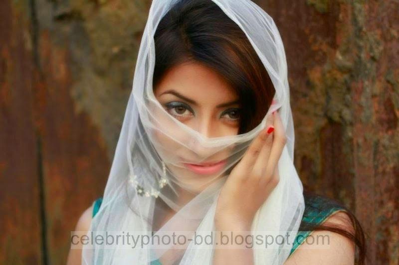 Glorious%2BPeya%2BBipasha's%2BUnseen%2BHot%2BPhotos%2Bfrom%2BGlamour%2BWorld%2Bin%2BBangladesh004