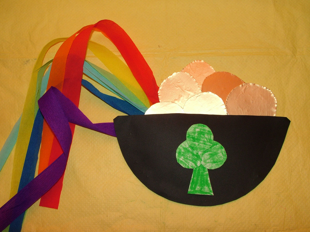 March arts and crafts - Art Craft Tutorial For Kids St Patrick S Day Music Shaker