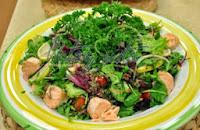Somonlu Akdeniz Salatası Tarifi