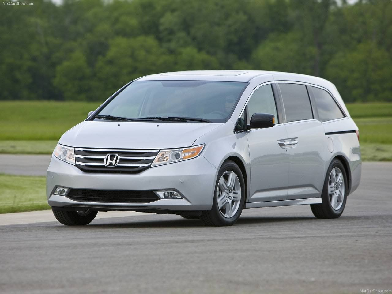 2011 honda odyssey news cars news review. Black Bedroom Furniture Sets. Home Design Ideas