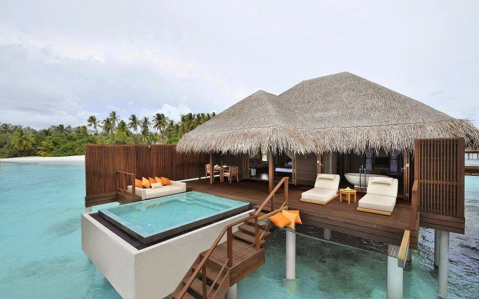 Top 5 best resorts for honeymoon in the maldives for Best places for honeymoon