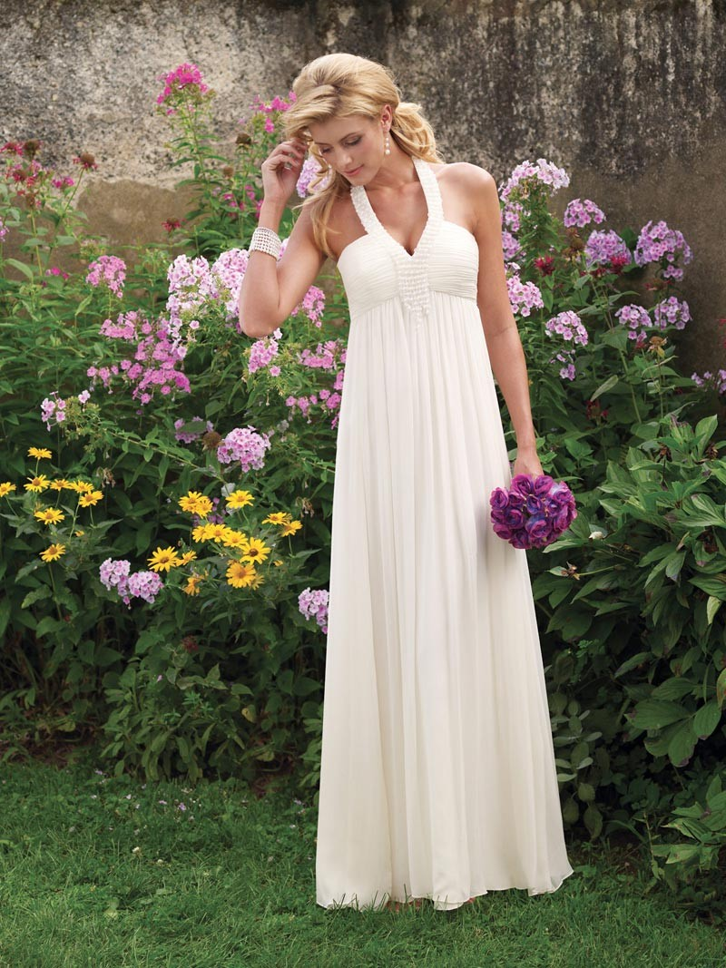 simple wedding dress for elegant bride