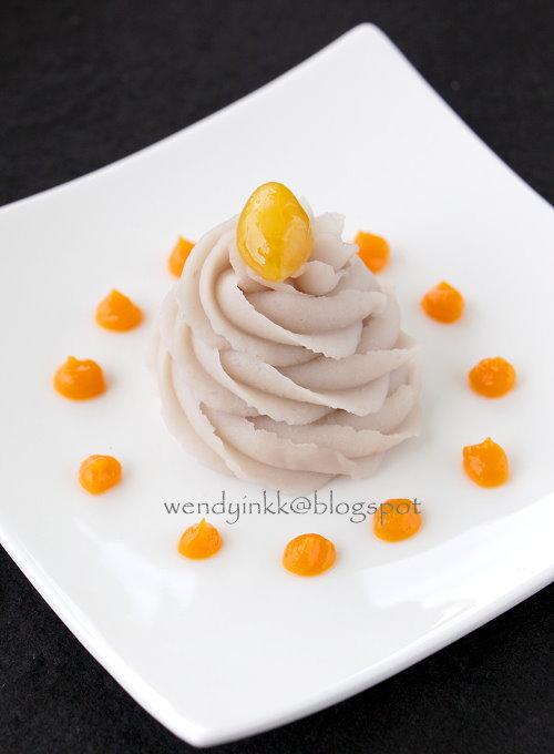 Table for 2.... or more: Coconut Orh Nee (Taro Paste ...