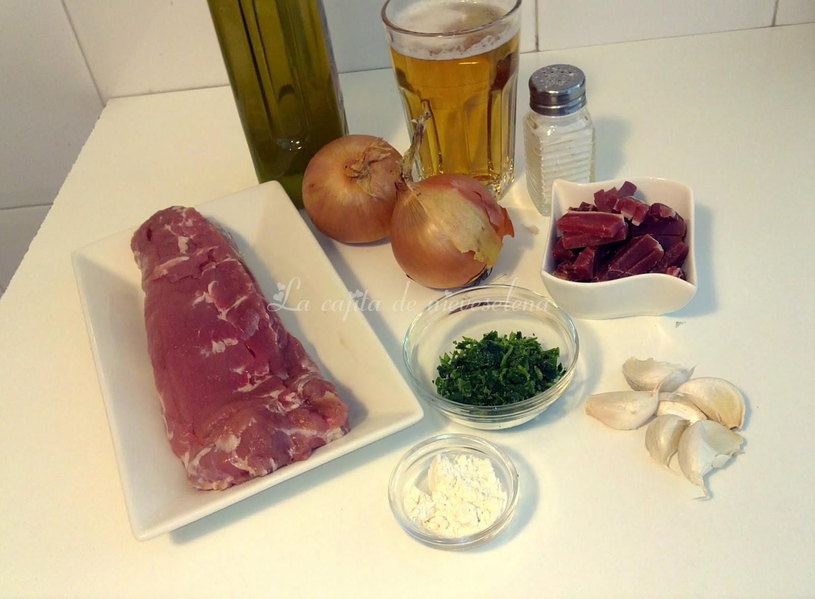 Carne encebollada - Solomillo de cerdo encebollado ...