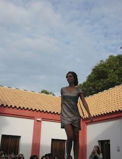 vestido-dorado-tarantana-fashion-week-larinconada