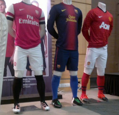 Leaked pics of Arsenal & United kit