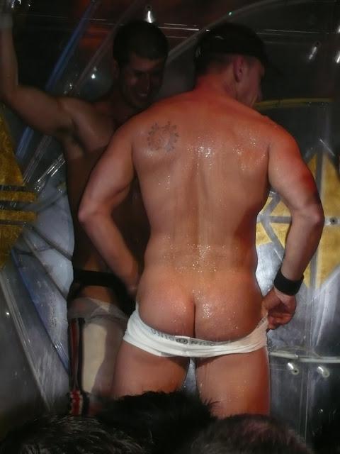 Male stripper luscious nude