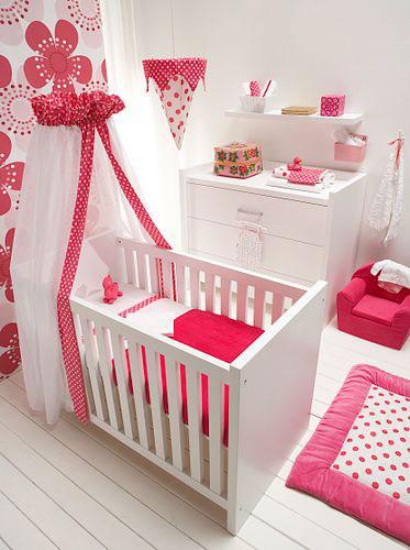 Imagenes de decoracion de cuartos para bebe for Decoracion de dormitorios para ninas