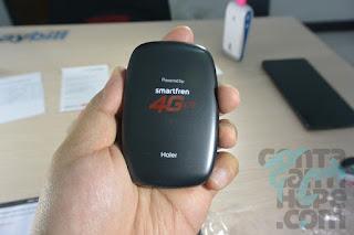 Smartfren 4G Mi-Fi Andromax M2Y - sisi belakang, logo smartfren dan haier