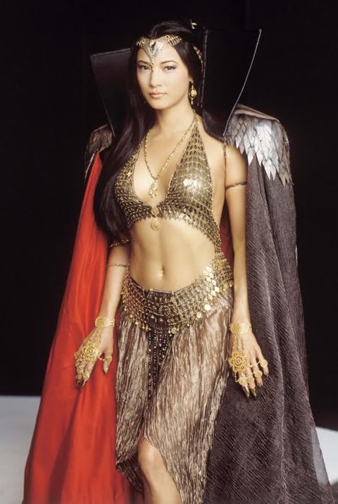 kelly hu si penyihir seksi di film scorpion king i