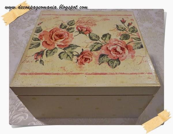 Różane pudełko