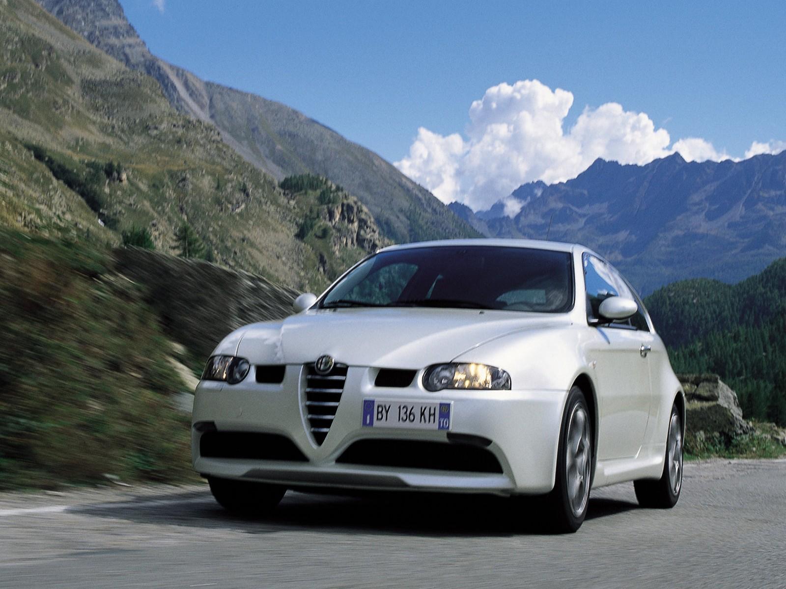 http://3.bp.blogspot.com/-46js-d5sTr0/TkFukiky7hI/AAAAAAAADzs/4dAKEgy_aGw/s1600/Alfa+Romeo+147+GTA+2002+06.jpg