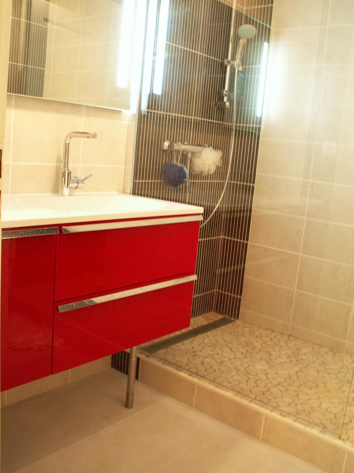 remplacement d 39 une baignoire par un bac douche julienbugnetcarrelage. Black Bedroom Furniture Sets. Home Design Ideas