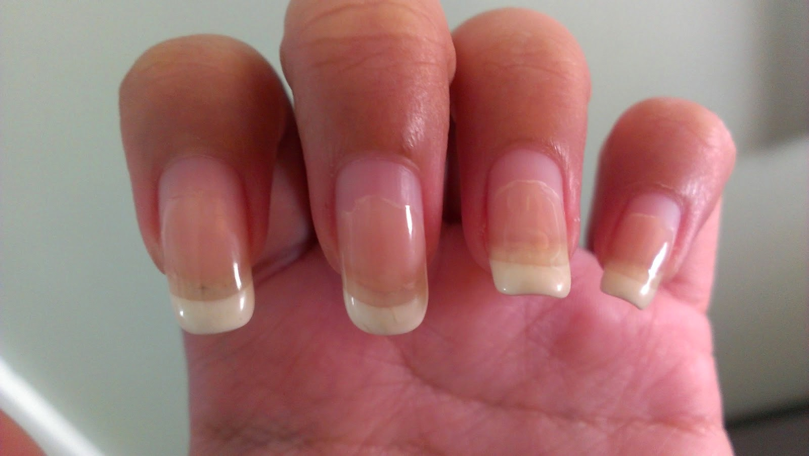 how long will a salon gel manicure look nice about