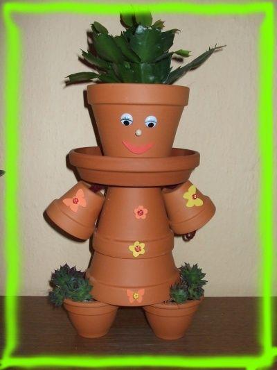 Como decorar tu jard n - Decoracion de macetas de plastico ...