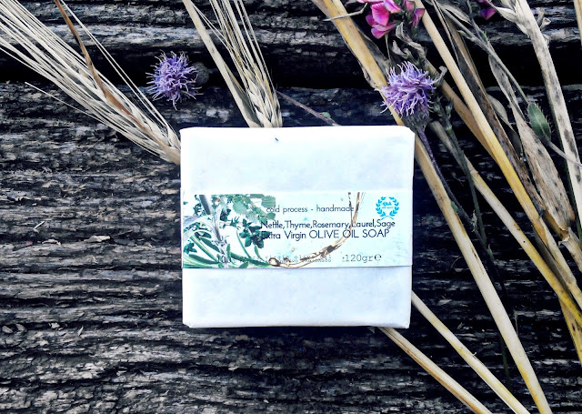 "Греческое оливковое мыло ""Горные травы"" от марки E&A Pure Beauty"