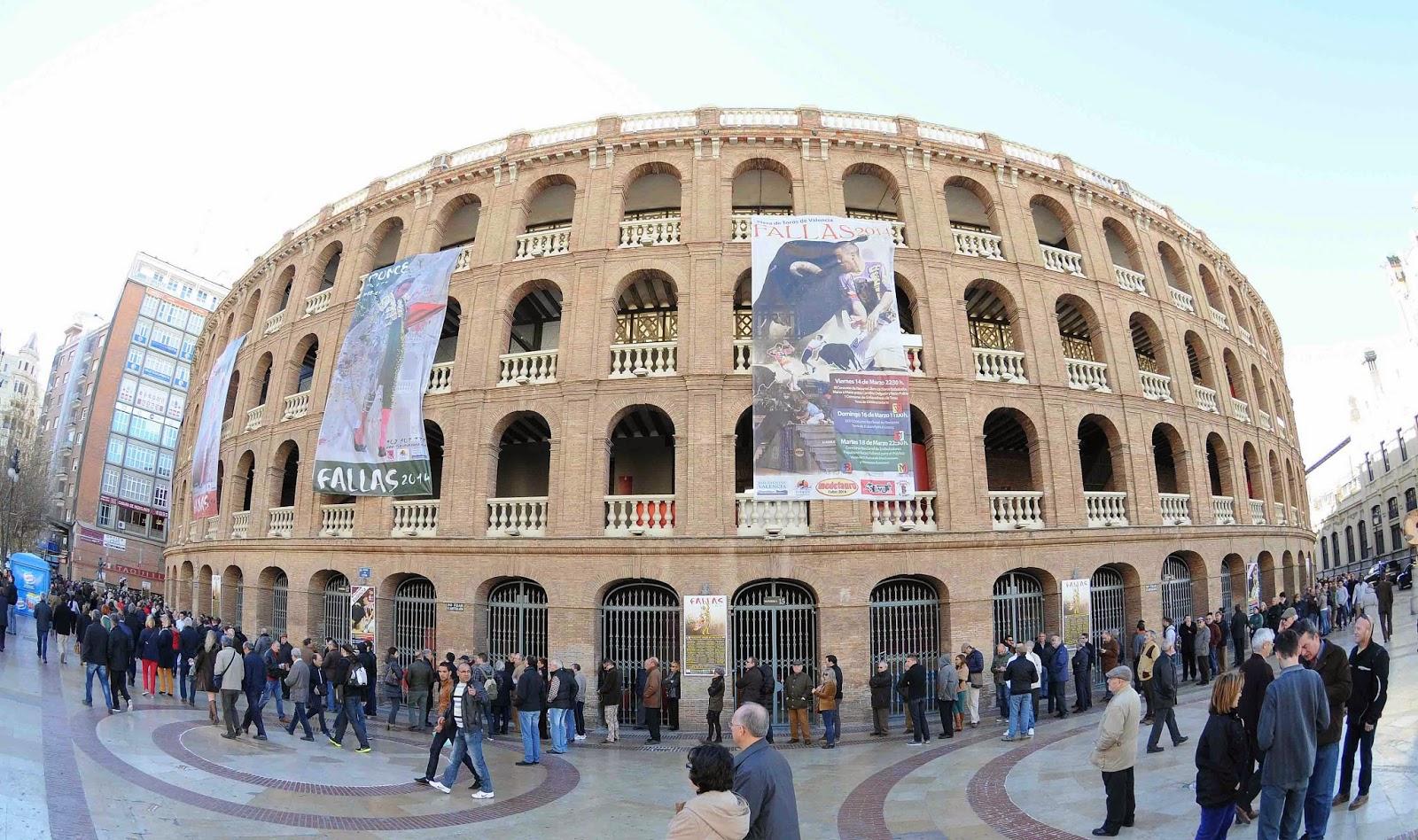 Ambitotoros valencia abre las taquillas pra fallas 2014 for Oficinas seur valencia