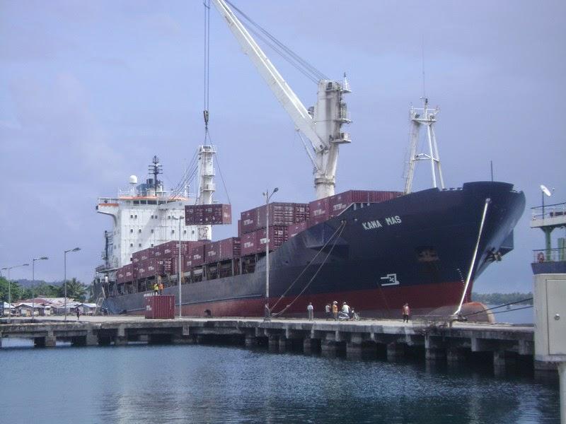 Pelabuhan Besar di Indonesia | Rubber Fender | Karet Fender