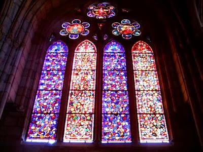 El simbolismo de las ventanas. Vidrieras+Catedral+de+Le%C3%B3n